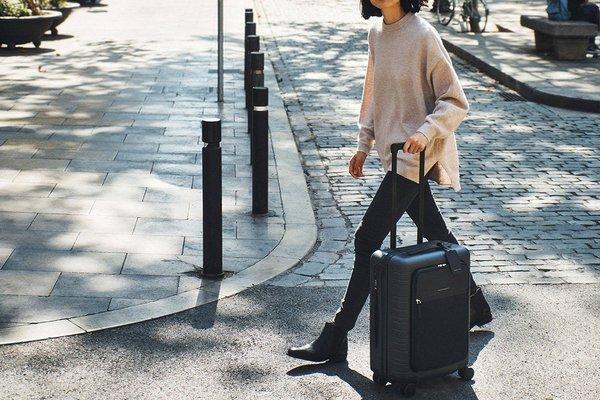 Horizn Studios Model M Cabin Luggage