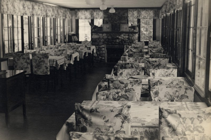 The Wandawega Hotel restaurant (George's favorite place) in the 1930s.