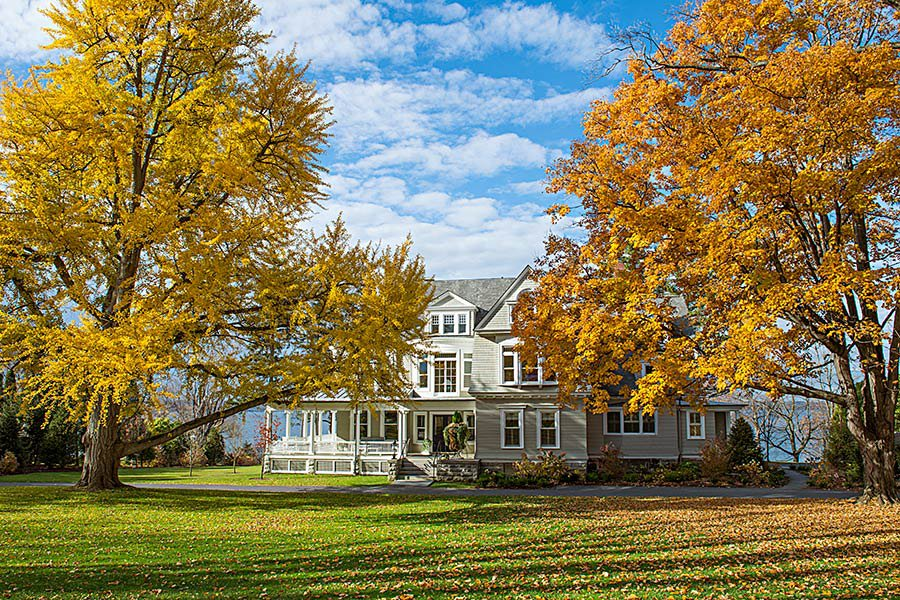 5 fall weekend escapes in upstate new york for under 250 for Design hotel upstate new york