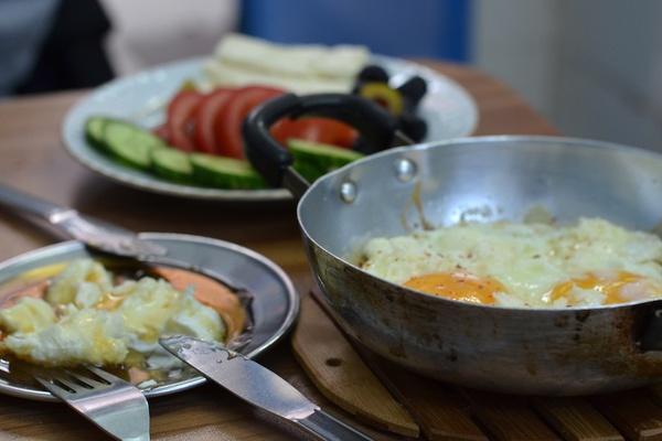 Kaymacki Pando breakfast