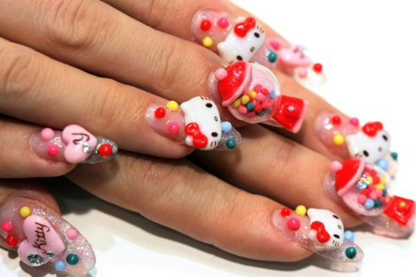 "<p>Hello Kitty love. Photo: <a title=""Metro"" href=""http://www.metro.co.uk/weird/802444-nail-art-gets-a-talon-show"" target=""_blank"">Metro</a></p>"