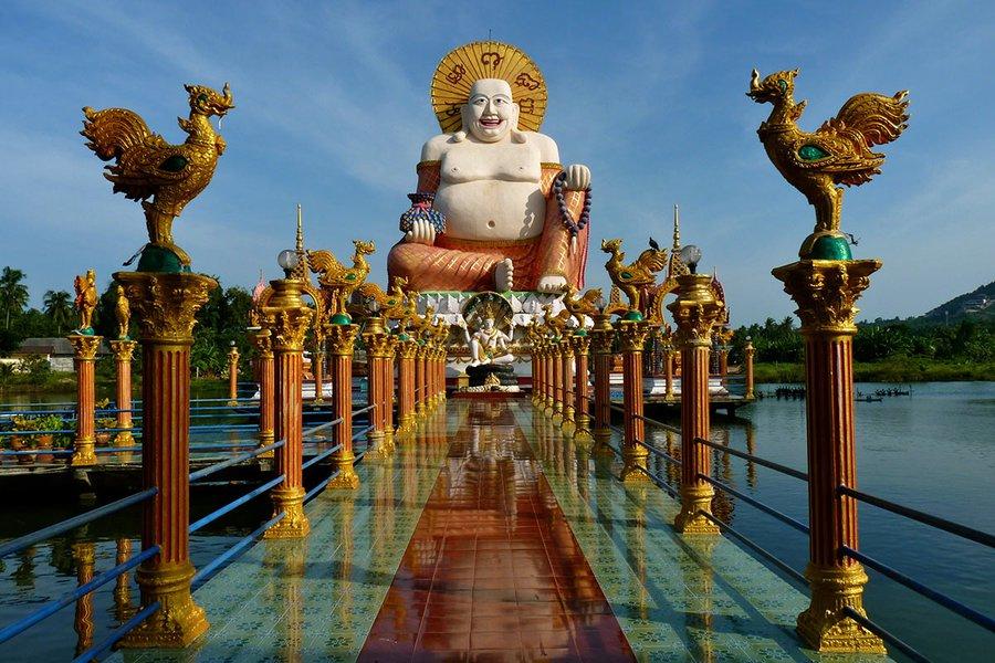 A Fancier Side of Koh Samui: A Beautiful Buddhist Temple