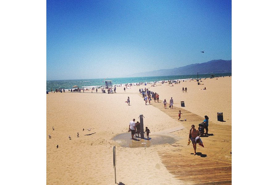 "Santa Monica Pier. Photo by <a title=""trappednfashion"" href=""http://instagram.com/trappednfashion"" target=""_blank"">@trappednfashion</a>"