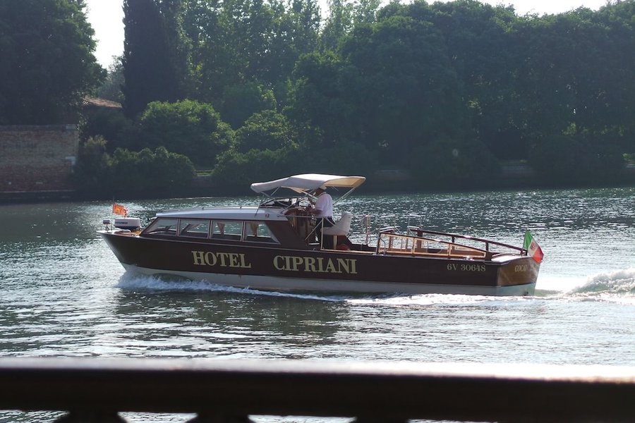Hotel Cipriani Taxi