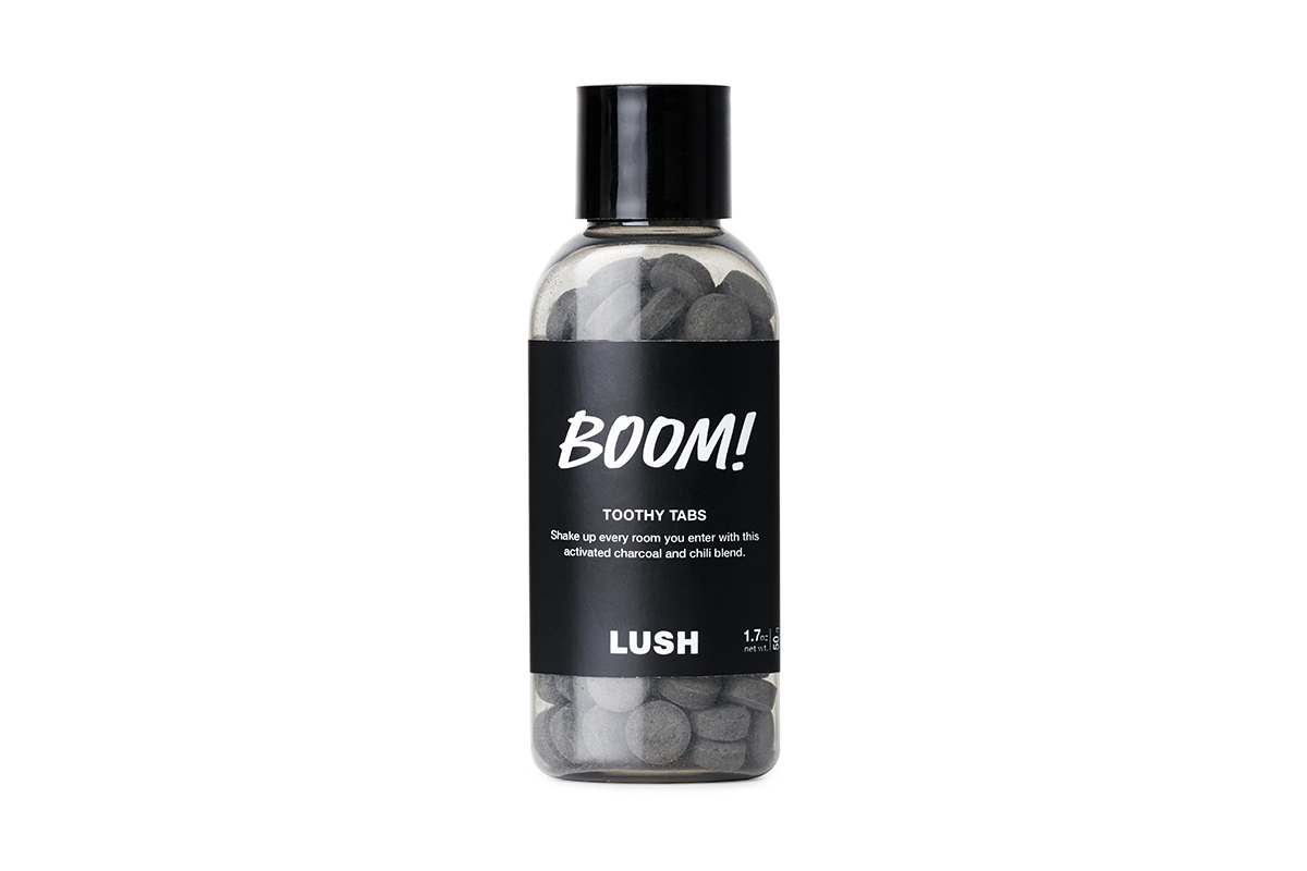 Lush Boom! Toothy Tabs