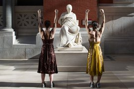 Met Museum, Workout