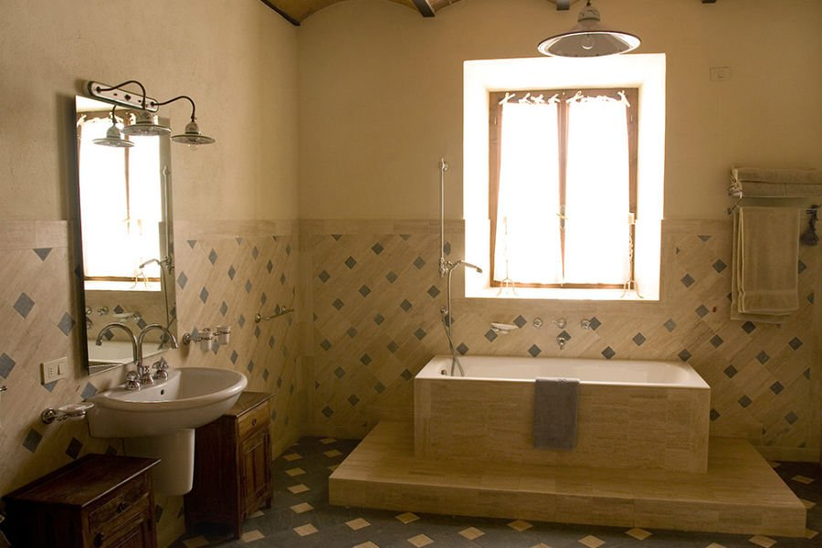 Leccino Apartment - The Bathroom