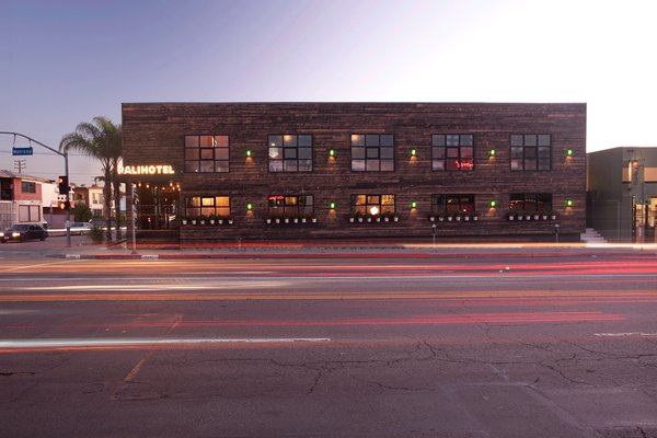 Exterior of the Palihotel Melrose Avenue.
