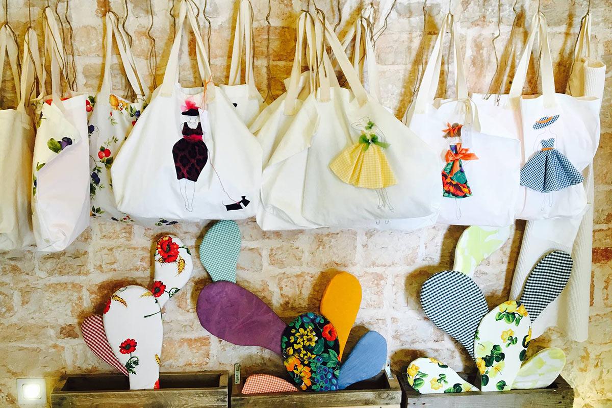 Alberobello Trulli Italy Shops