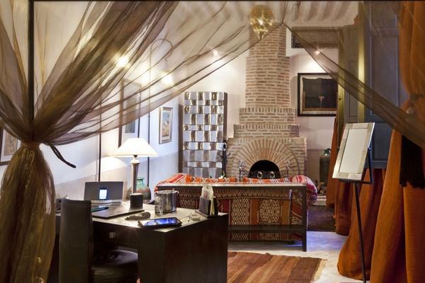 Riad Farnatchi room detail