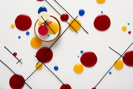 Masterfully inspired Kandinsky pastry at Rosewood London.