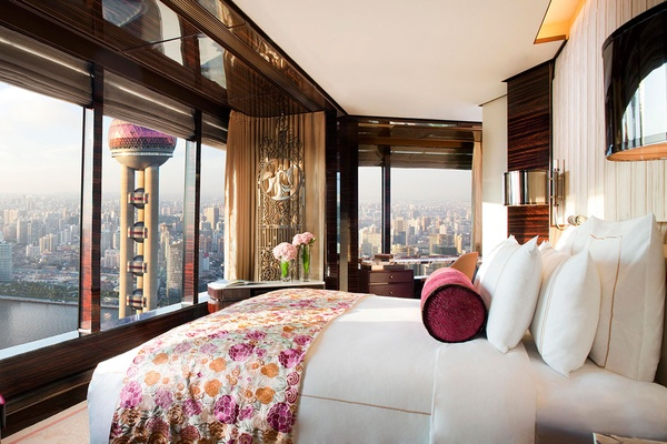 The Ritz-Carlton Shanghai, Pudong Premier Bund View Suite