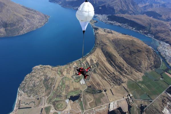 NZone skydive in New Zealand