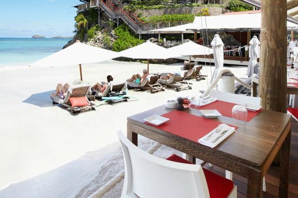 st barths sand bar restaurant