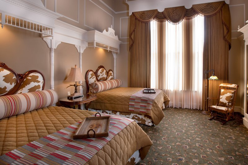 "The Cattle Baron room at <a title=""The Driskill Hotel"" href=""http://www.driskillhotel.com/"" target=""_blank"">The Driskill Hotel</a>. Photo: Courtesy of The Driskill Hotel"