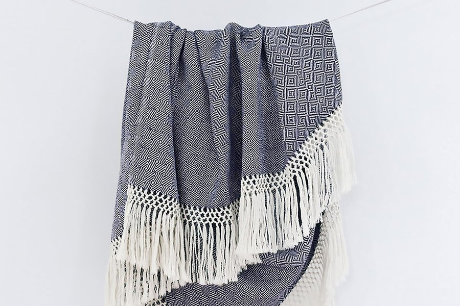 Diamanta Throw Indigo