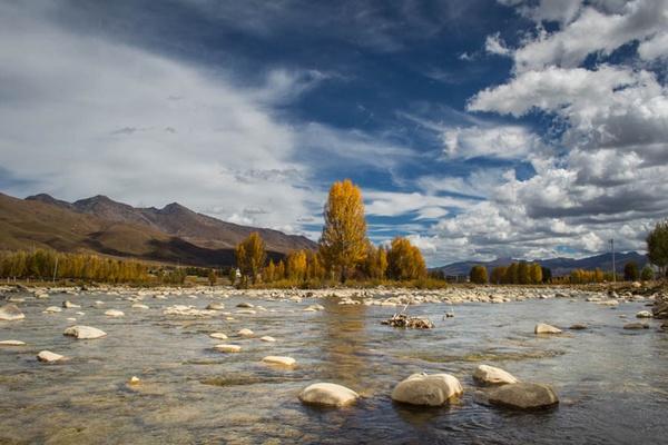 TIbetan River