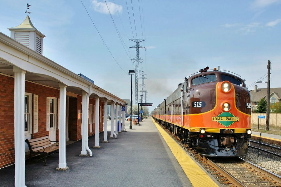 THE AMERICAS: Pullman Rail Journeys