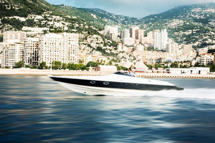 Hunton XRS37 Speedboat