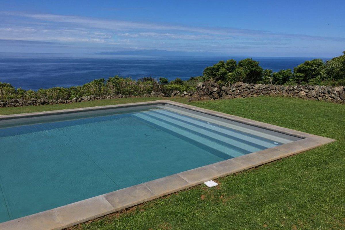 Pico da Vigia Pool