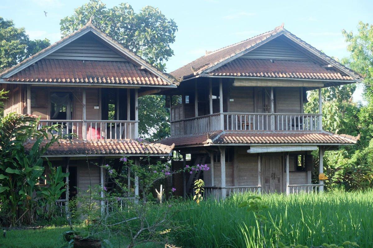 Cabins at the Bali Silent retreat.
