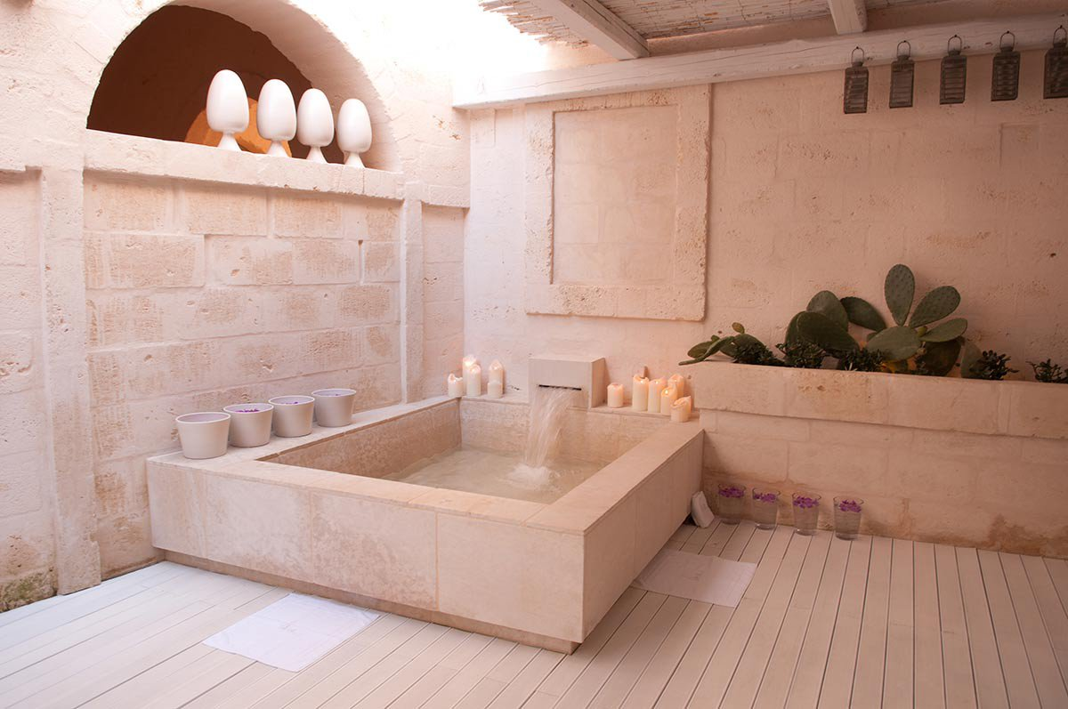Bath at Vair spa.