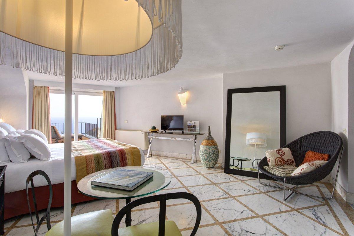 Punta Tragara guestroom 2