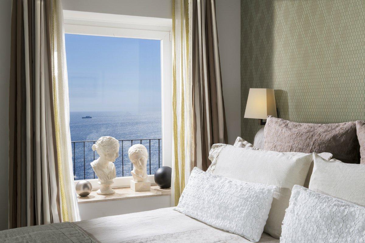 Punta Tragara guestroom