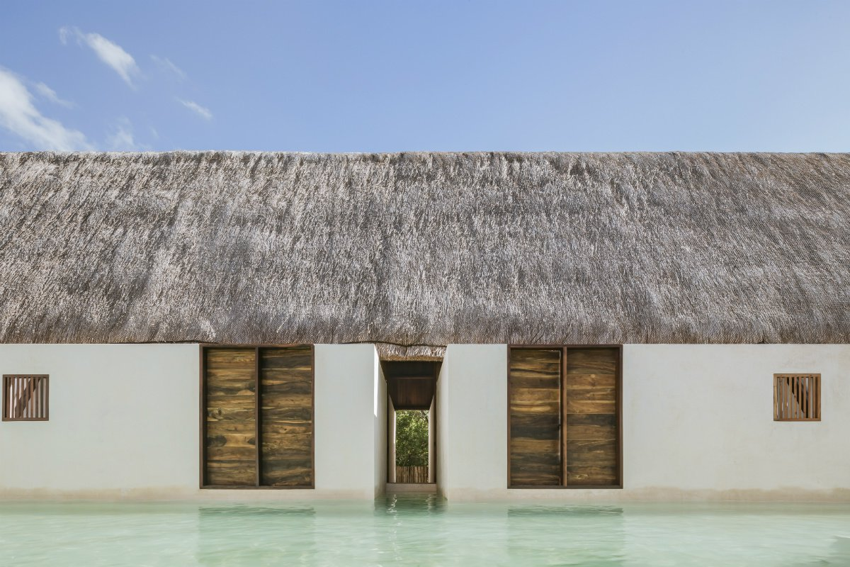 Punta Caliza thatched roof and plunge pool