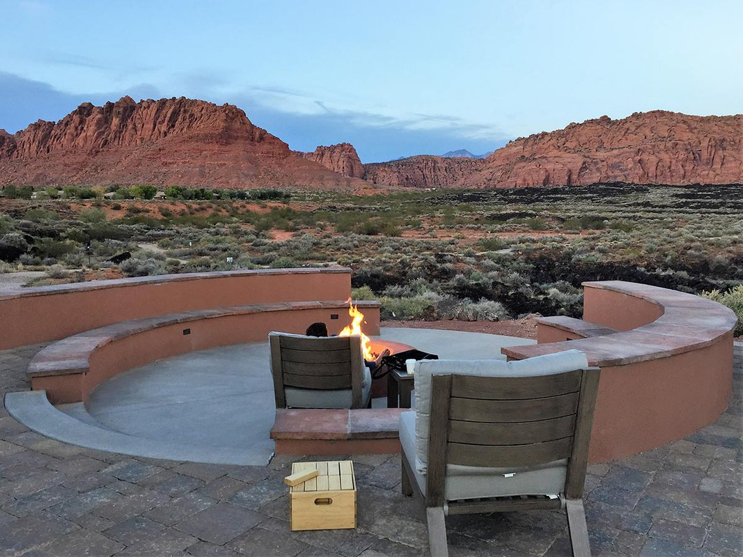 Late afternoon view from the Red Mountain firepit