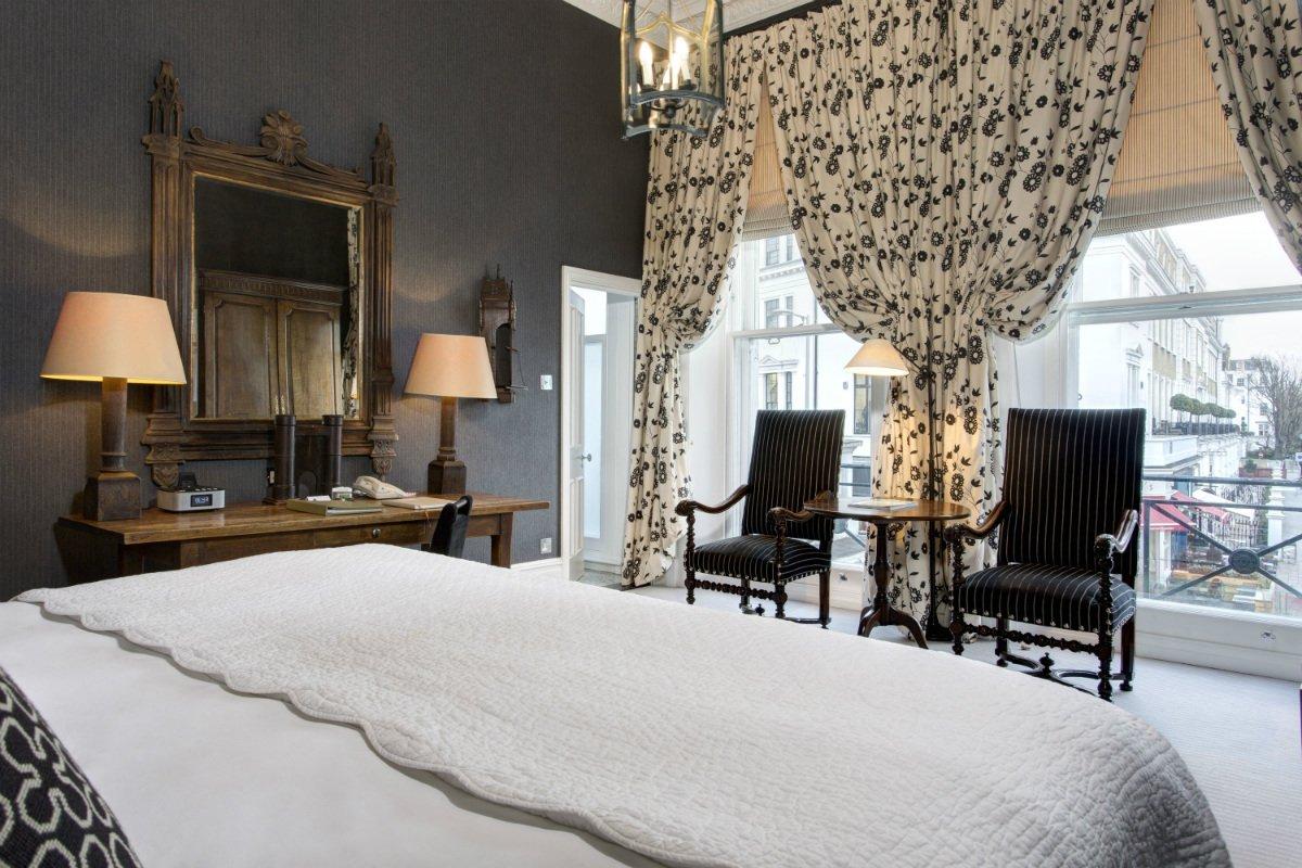 Interior of a junior suite at The Pelham London