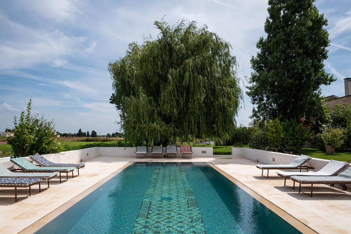 pool deck at Masseria Prosperi.