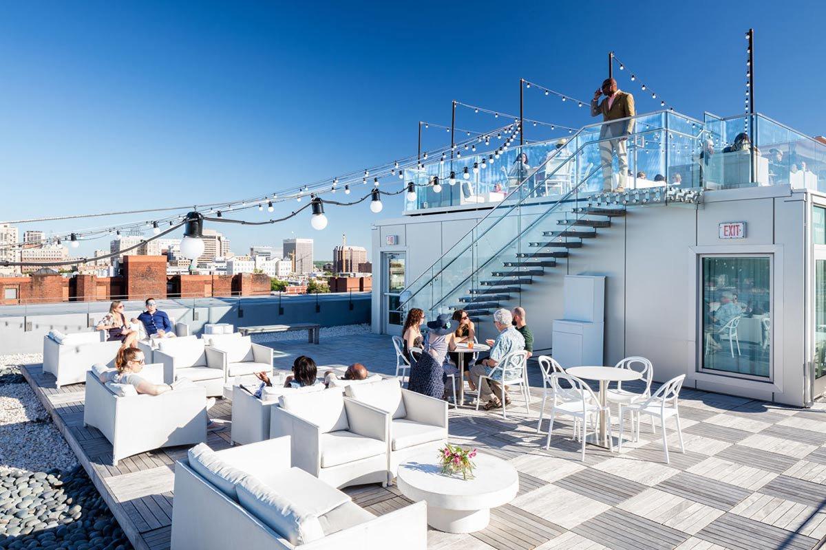 Q Rooftop Bar.