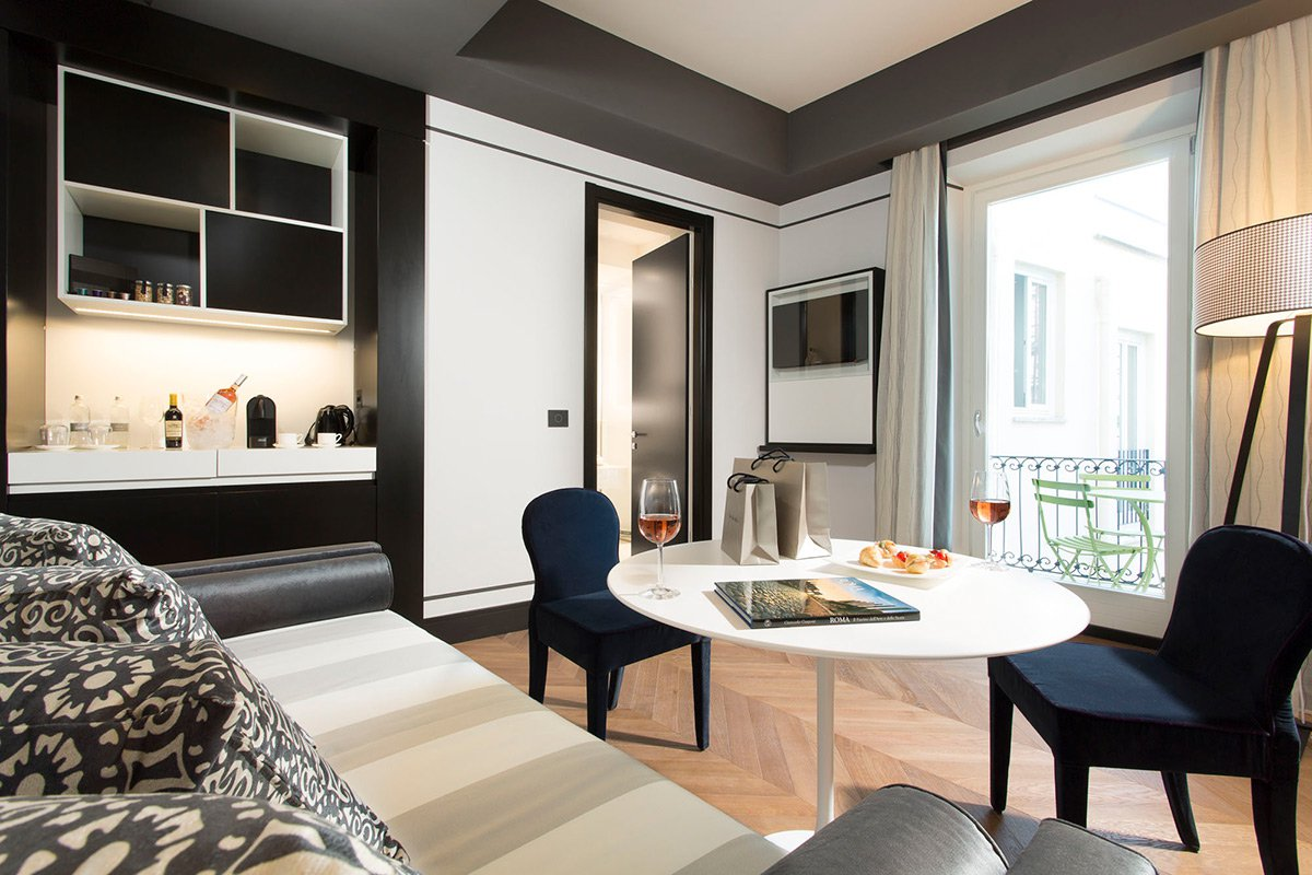 Fathom in rome a peaceful pied terre in the middle of for Hotel corso 281 luxury suites rome