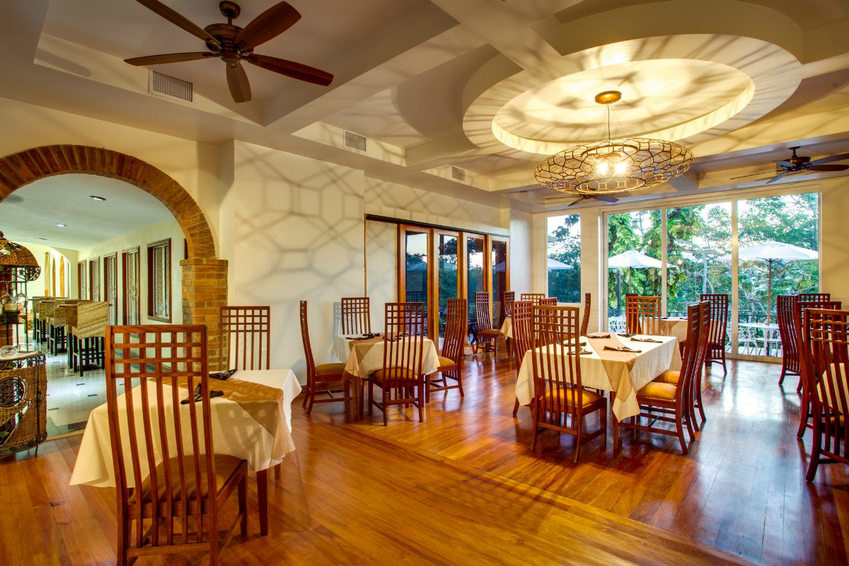San Ignacio Resort Hotel running W steakhouse and restaurant dining room