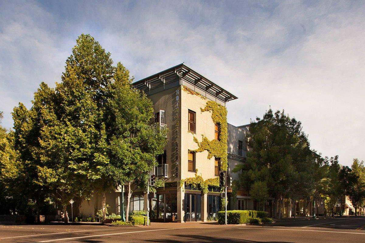Hotel Healdsburg exterior facade