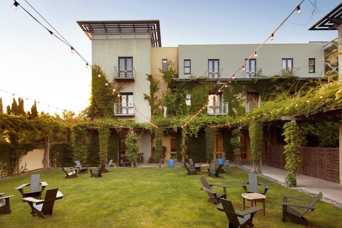 Hotel Healsburg Garden