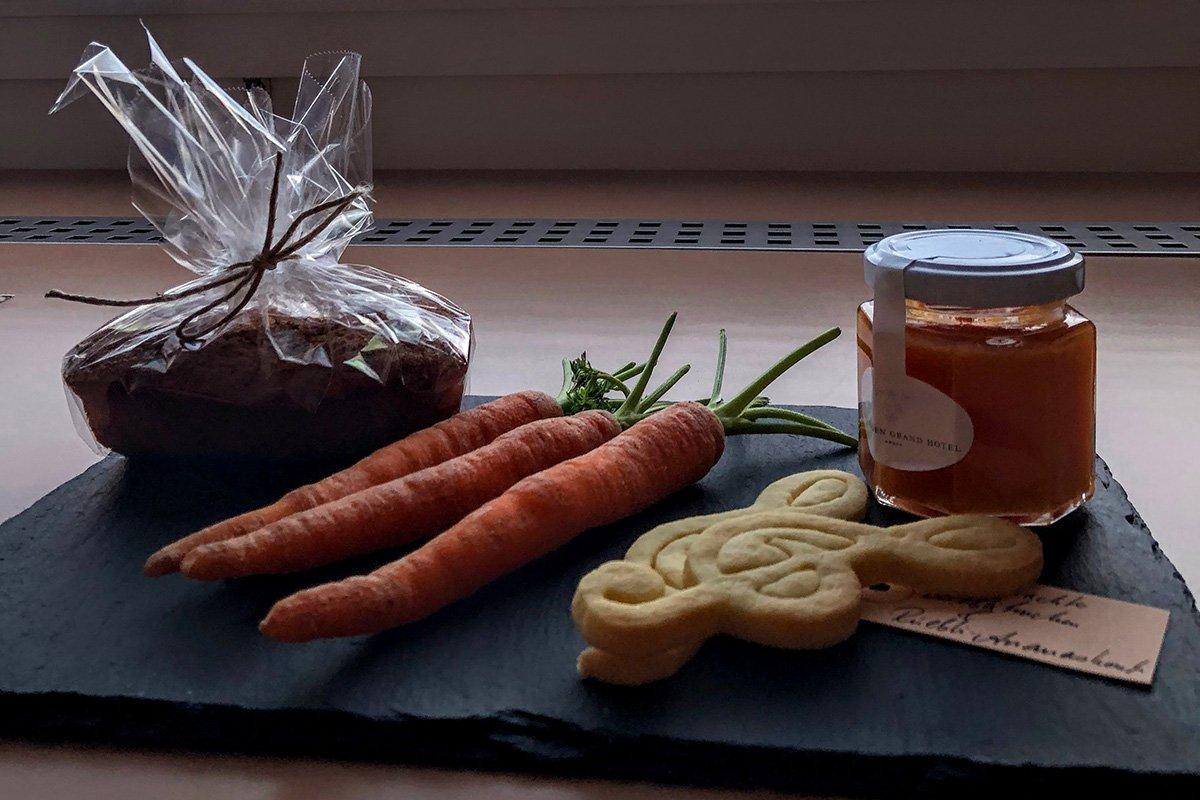 Sweet carrots left by the Tschuggen Grand Hotel
