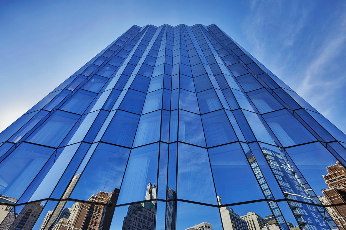 Viceroy Chicago glass tower exterior