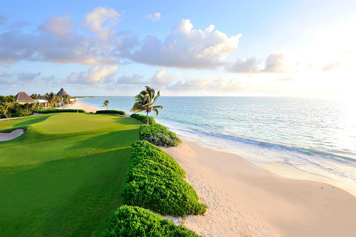 Golf course at Banyan Tree Mayakoba.