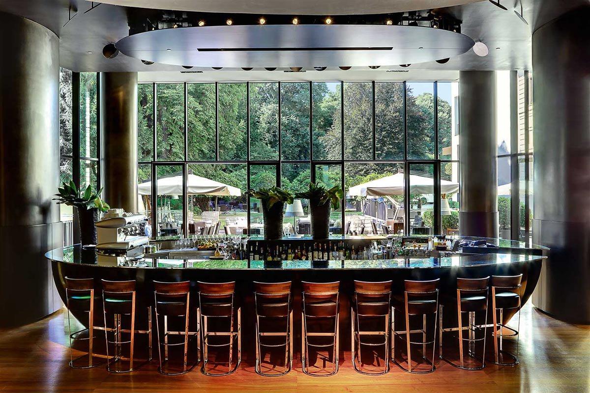 Bvlgari Hotel bar.
