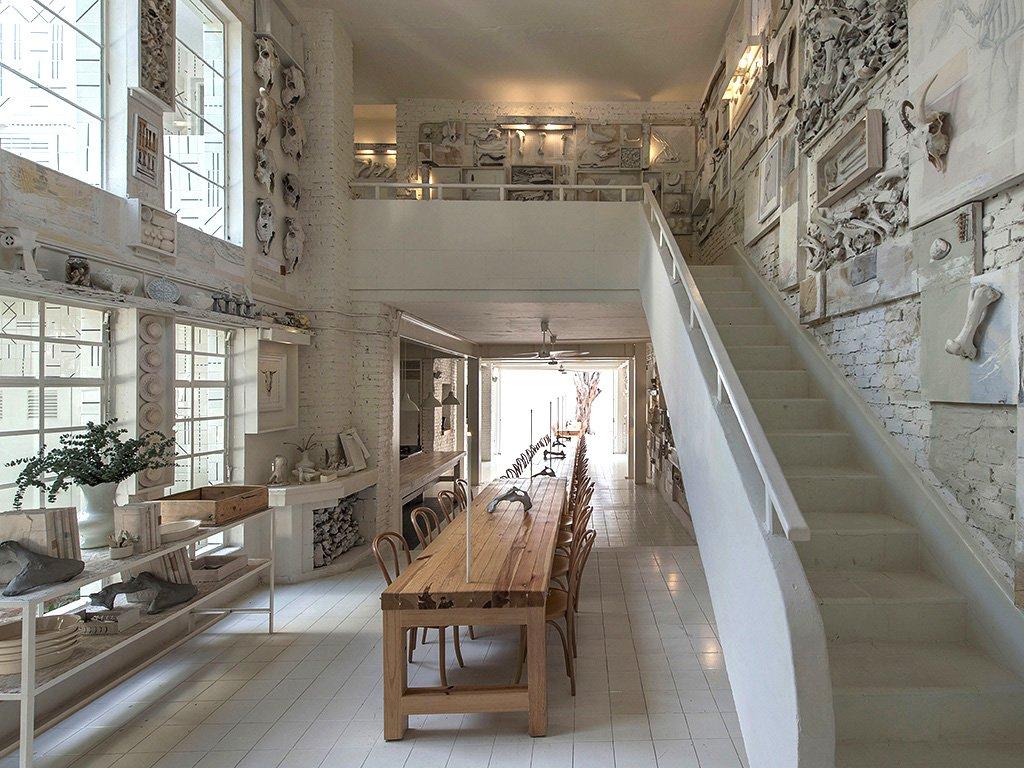 hueso-stairs