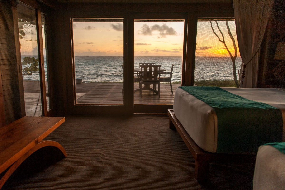 Dawn in Cabin 6.