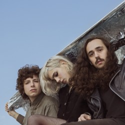 "Sunflower Bean Share ""I Hear Voices"" Video"