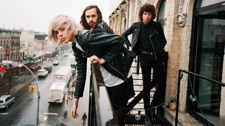 720x405-R1253_FOB_Sunflower_Bean_A