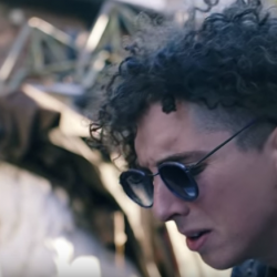Youth Lagoon performs a take away show in Paris for La Blogothèque
