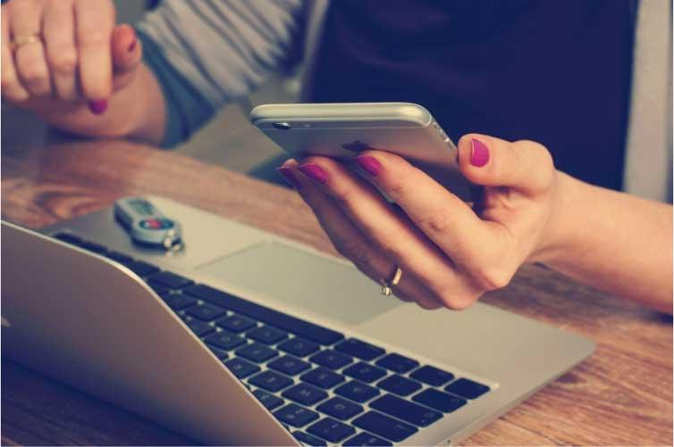 El factoring electrónico es un mecanismo que permite a las empresas acceder a fuentes de financiamiento de facturas