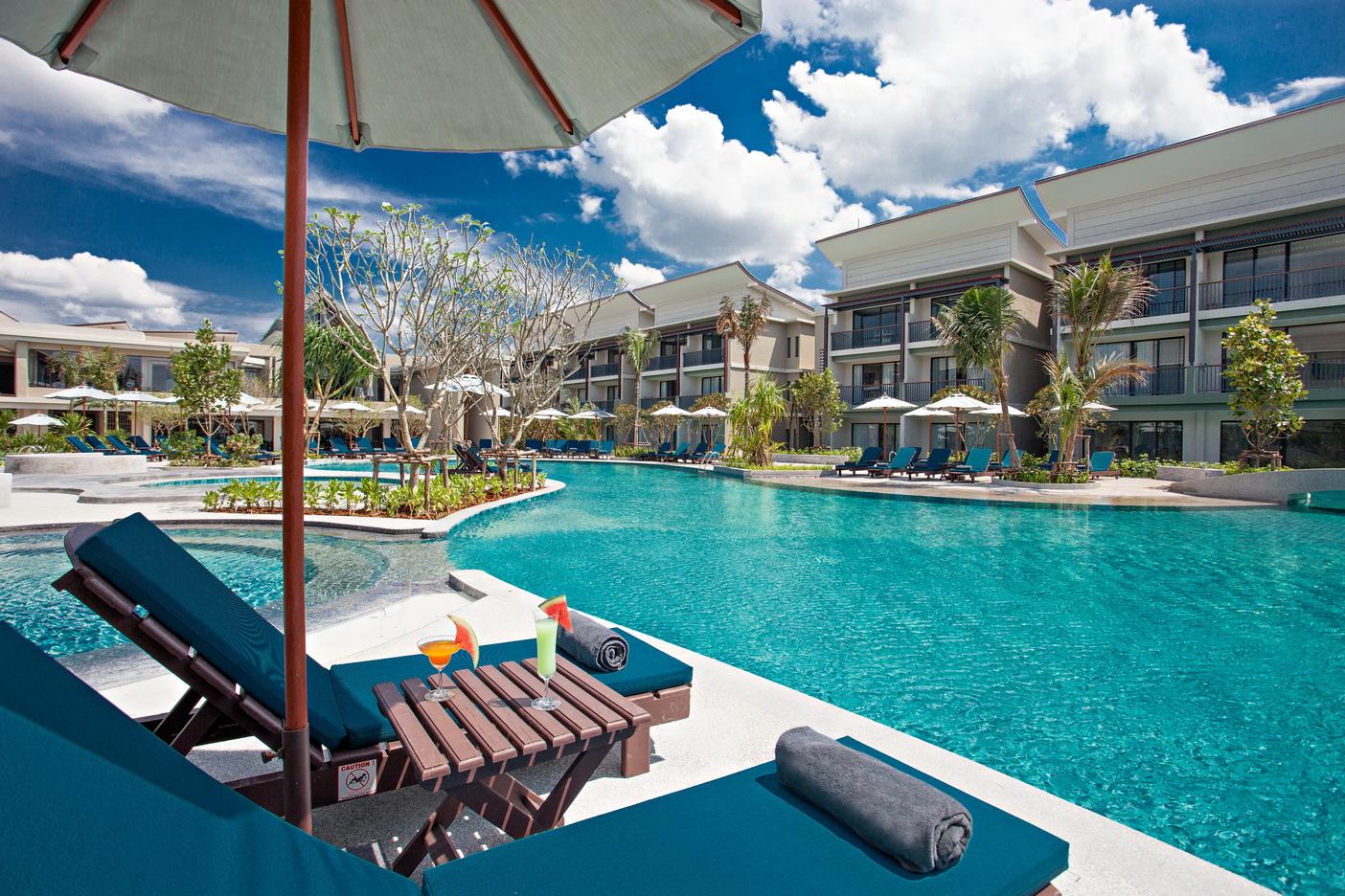Bangsak Merlin Resort  Holiday