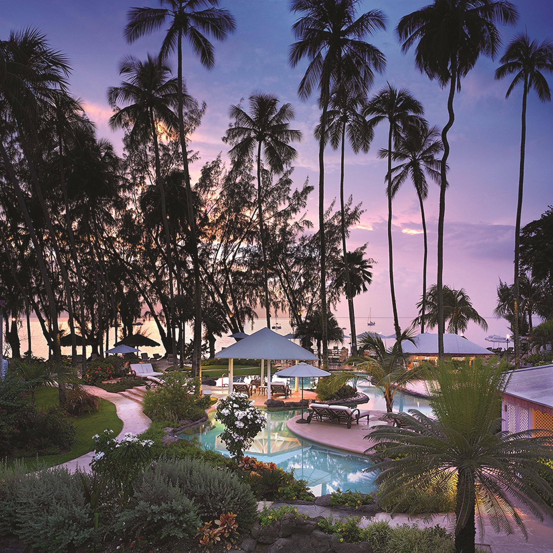 Colony Club by Elegant Hotels  Holiday