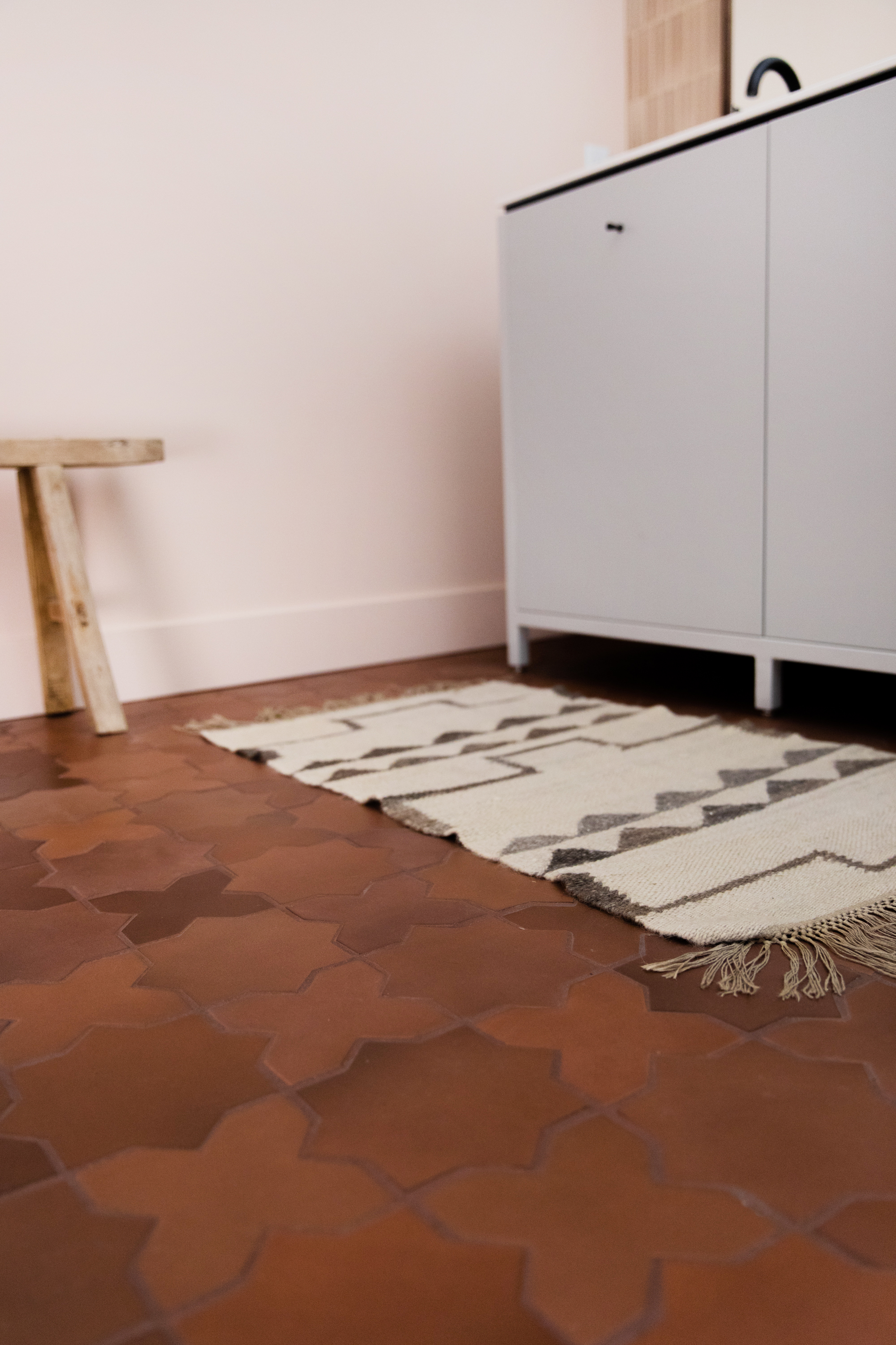 Large Star and Cross floor tiles in Antique.
